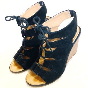 Melrose and Market Calista Lace up Wedge Sandal